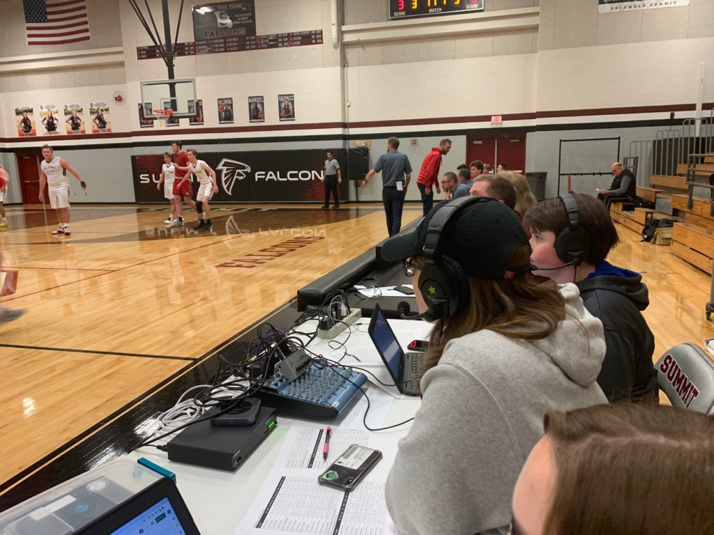 Kendall Spencer and Sam Stimpson live with play by play of Summit varsity boys basketball